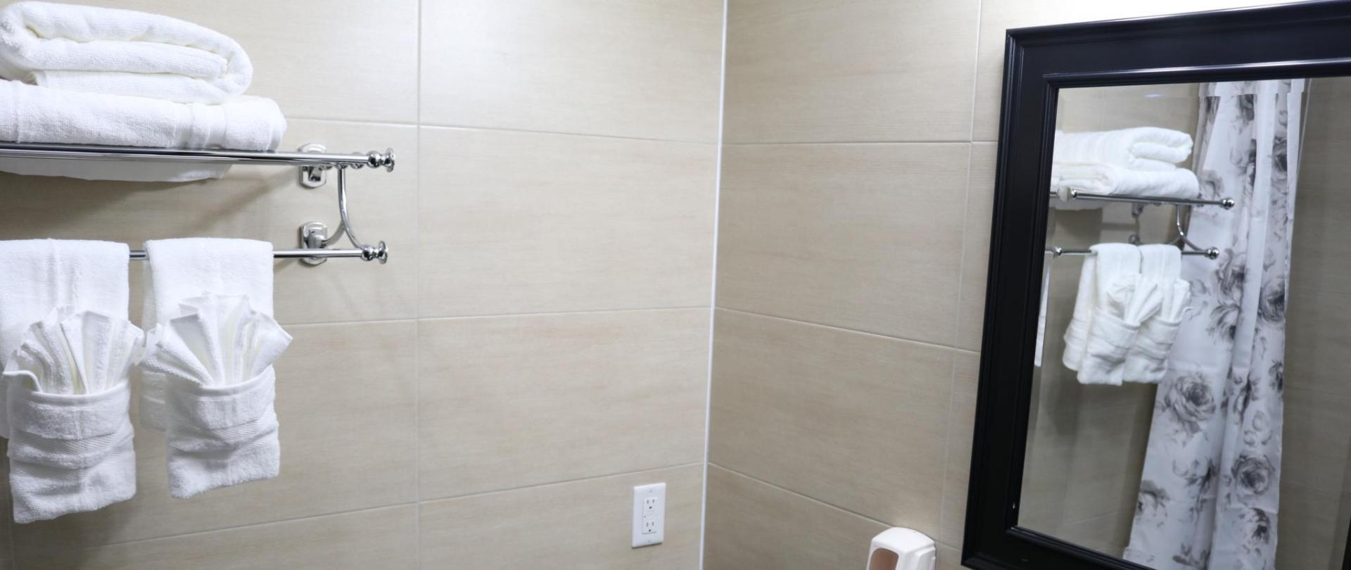 https://www.hotelsbyday.com/_data/default-hotel_image/1/8829/38542571.jpg