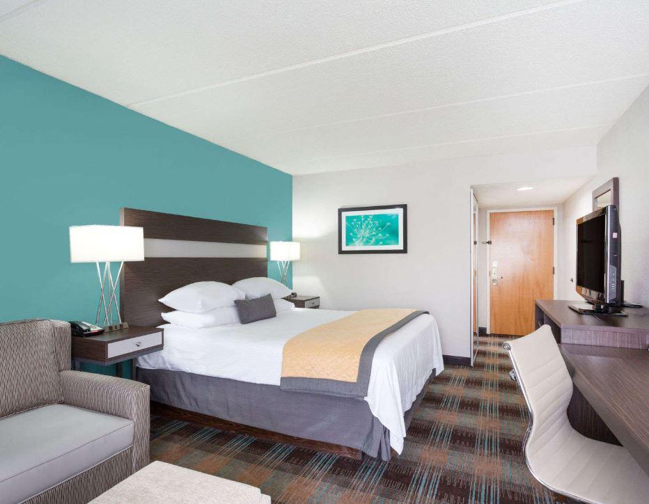 https://www.hotelsbyday.com/_data/default-hotel_image/1/8962/3.jpg