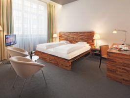 Hotel Mövenpick Hotel Berlin image