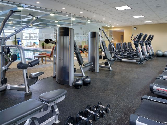 https://www.hotelsbyday.com/_data/default-hotel_image/1/8988/hyatt-regency-boston-p148-stayfit-fitness-center-adapt-4x3-640-480.jpg