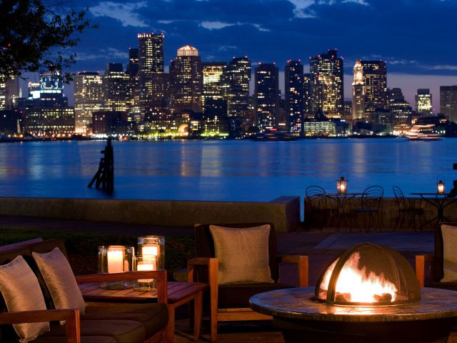 https://www.hotelsbyday.com/_data/default-hotel_image/1/9000/hyatt-regency-boston-harbor-p099-patio-firepit-adapt-4x3-640-480.jpg