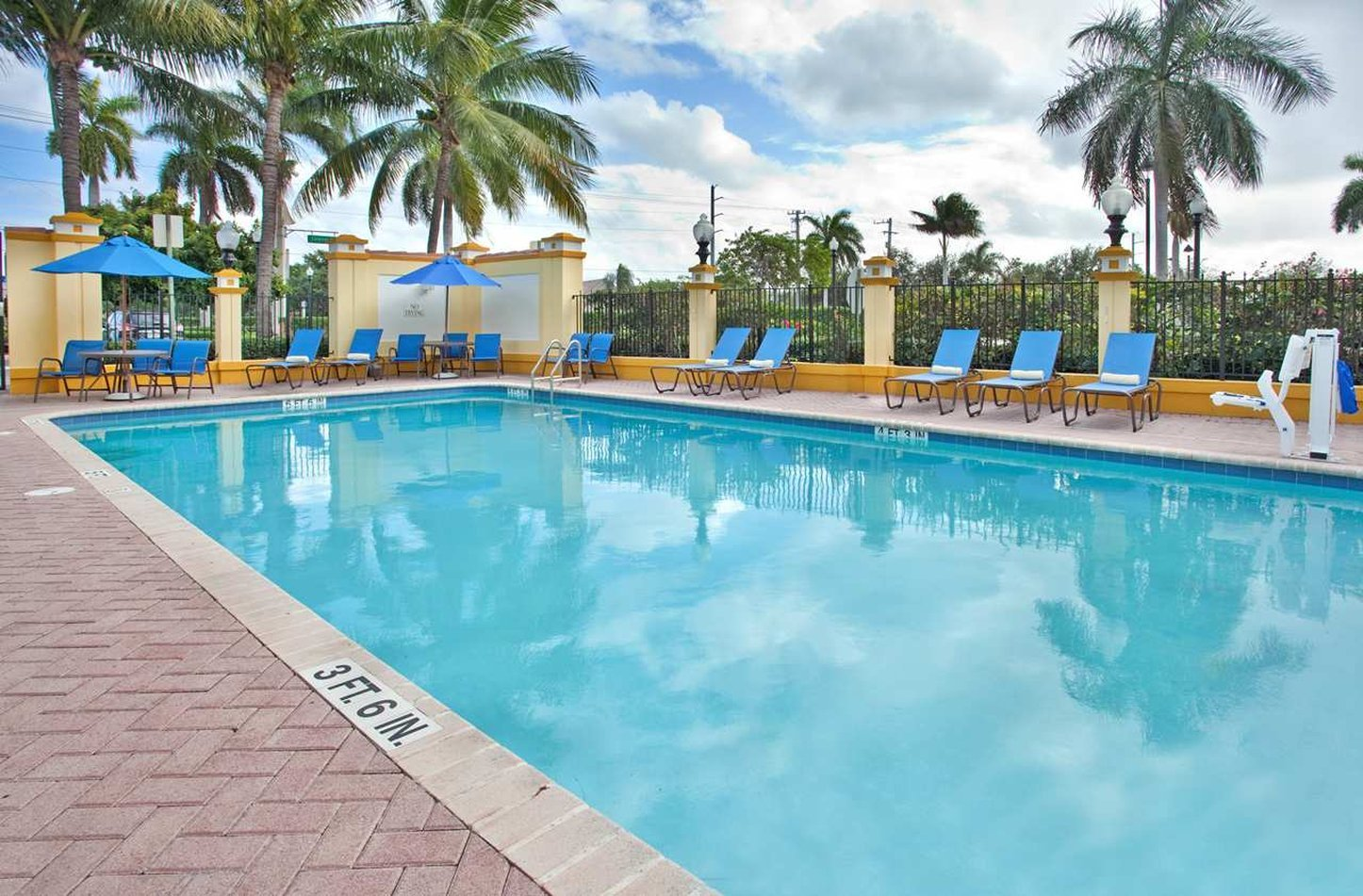 Fort Lauderdale Day Use Hotels Book A Dayroom Hotelsbyday