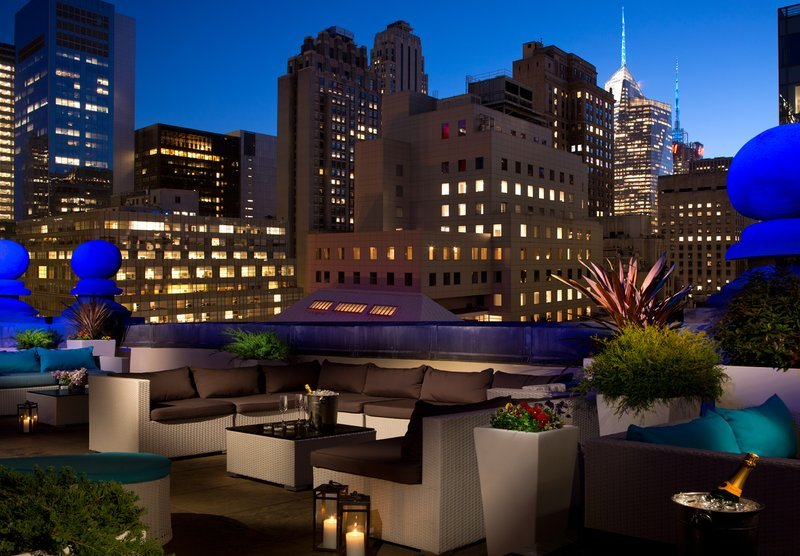 https://www.hotelsbyday.com/_data/default-hotel_image/1/9335/lounge-3.jpg