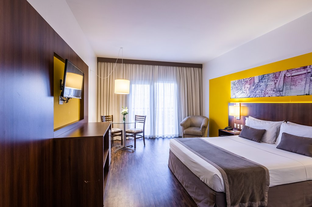 https://www.hotelsbyday.com/_data/default-hotel_image/1/9606/hotel-panamby-guarulhos-4.jpg