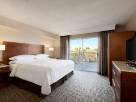 Hotel Embassy Suites By Hilton Santa Ana Orange County Airport image