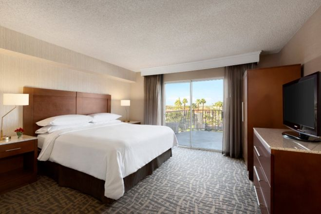 Embassy Suites By Hilton Santa Ana Orange County Airport