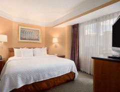 Hotel Embassy Suites By Hilton, Crystal City National Airport image