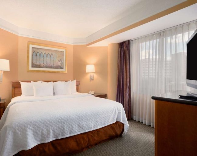 Embassy Suites By Hilton, Crystal City National Airport