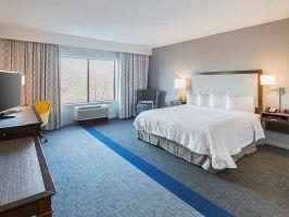 Hotel Hampton Inn & Suites DFW West image