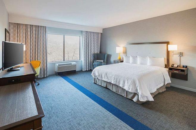 Hampton Inn & Suites DFW West