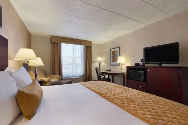 Comfort Inn & Suites Glen Mills