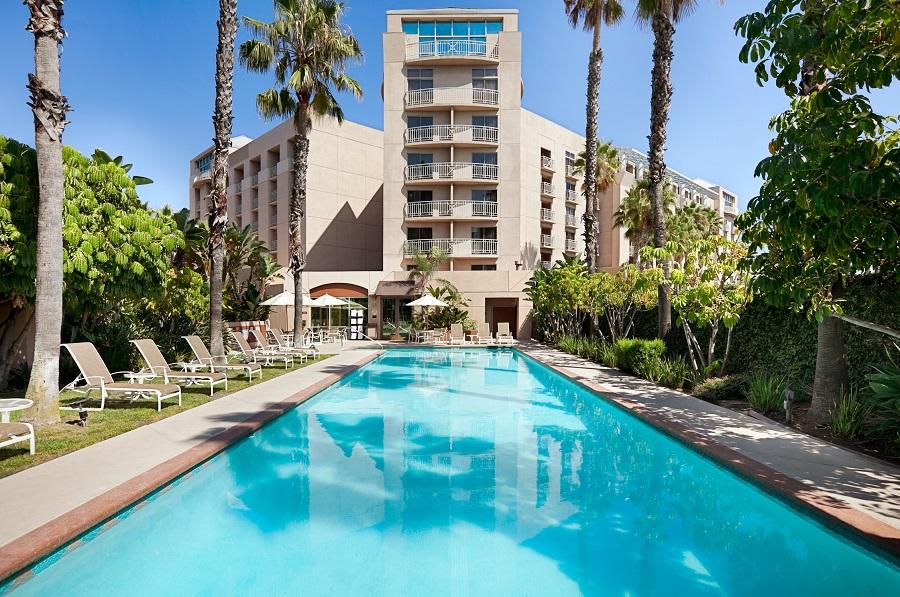 https://www.hotelsbyday.com/_data/default-hotel_image/2/10341/our-hotel06.jpg