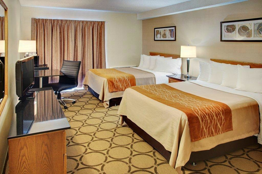 https://www.hotelsbyday.com/_data/default-hotel_image/2/10434/comfort-inn-amherst.jpg