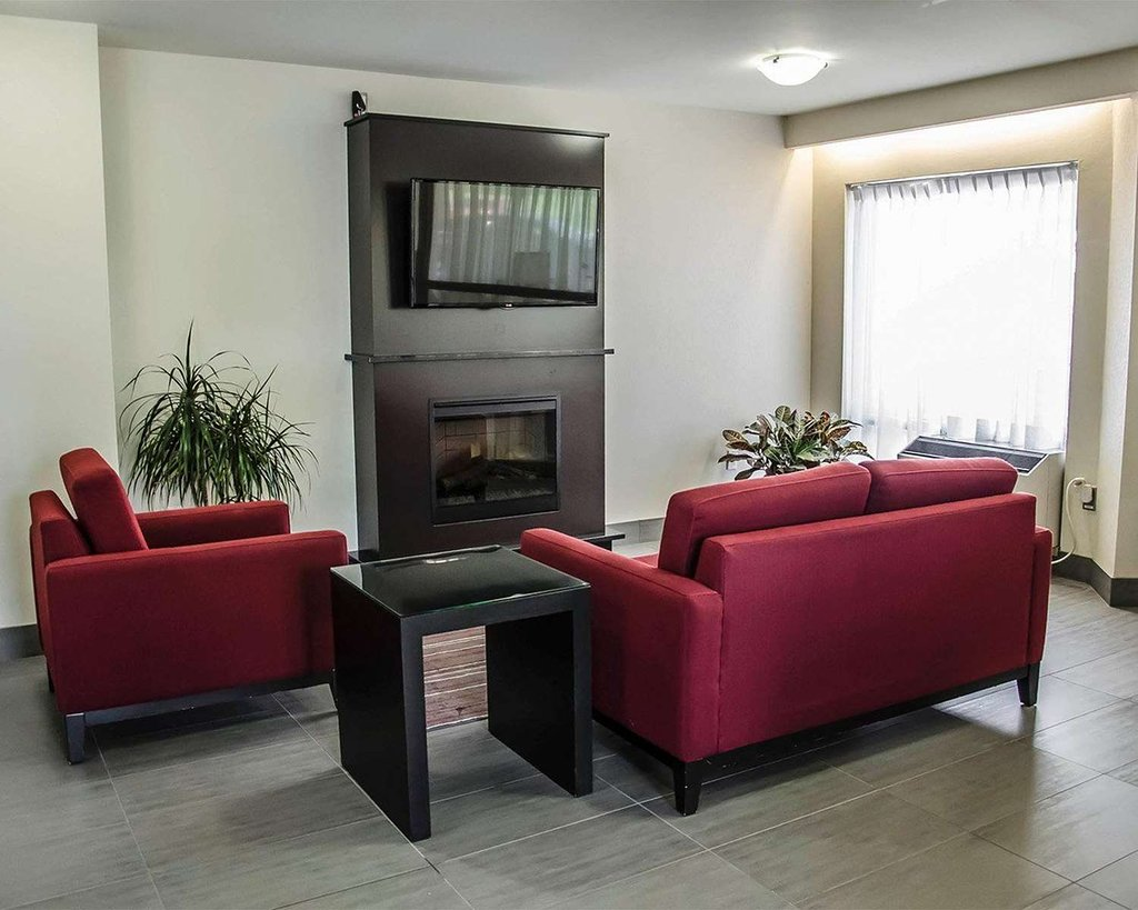 https://www.hotelsbyday.com/_data/default-hotel_image/2/10493/relax-by-the-fireplace.jpg