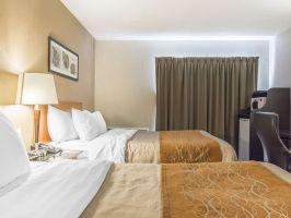 Hotel Comfort Inn Timmins image