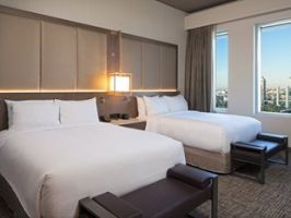 Hotel H Hotel Los Angeles, Curio Collection By Hilton image
