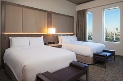 H Hotel Los Angeles, Curio Collection By Hilton, LAX airport