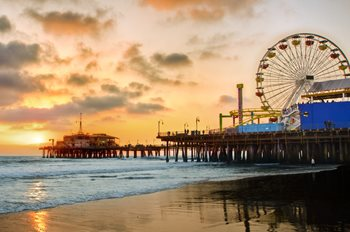 https://www.hotelsbyday.com/_data/default-hotel_image/2/11198/santa-monica-pier-at-sunset-1.jpg