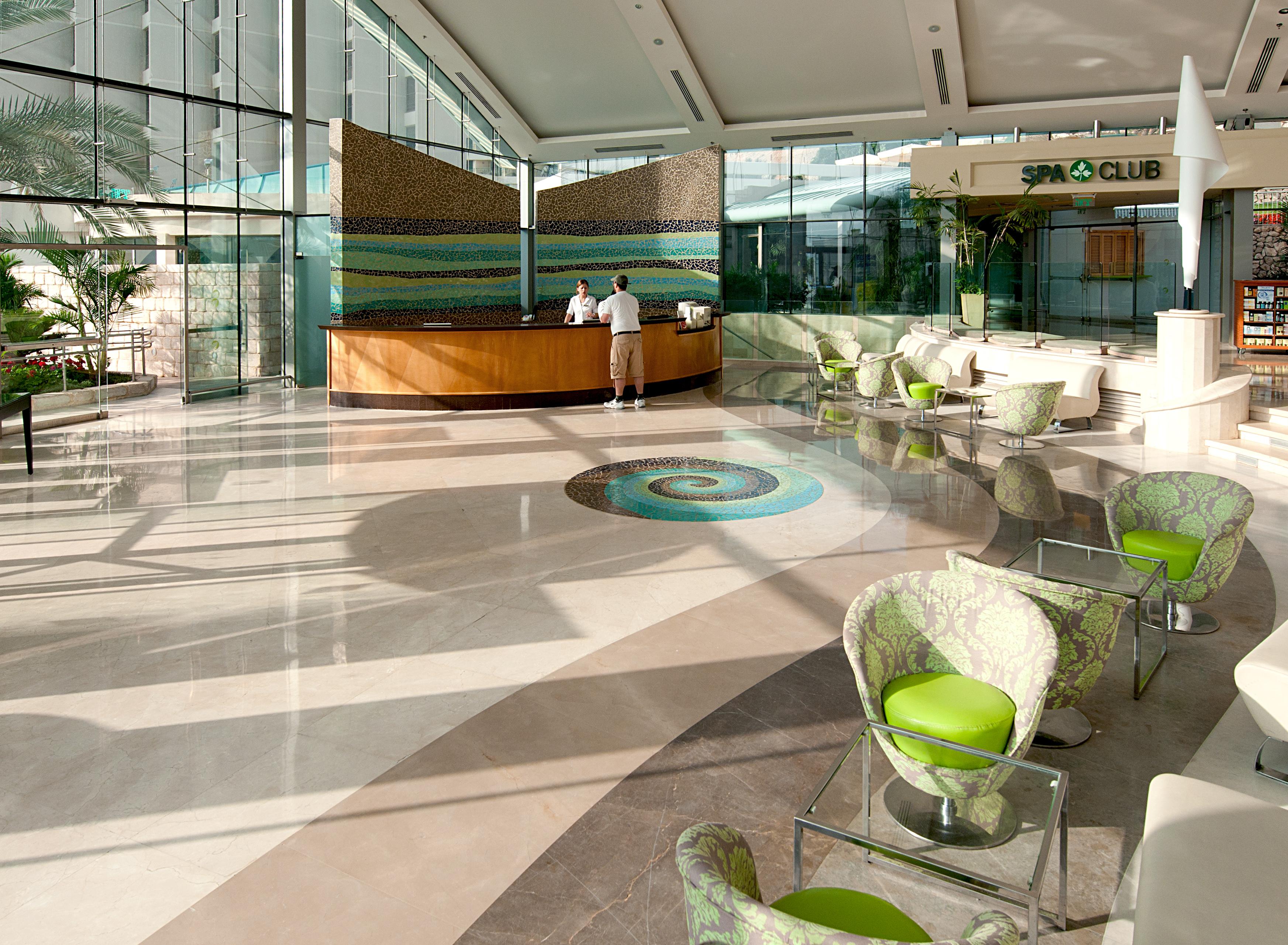 https://www.hotelsbyday.com/_data/default-hotel_image/2/11339/oasis-entrance-pavillion1.jpg
