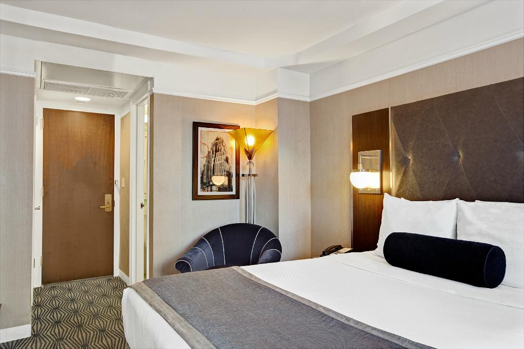 https://www.hotelsbyday.com/_data/default-hotel_image/2/12514/wyndham-new-yorker-hotel-1.jpg