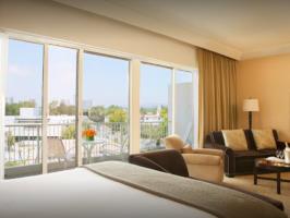 Hotel Beverly Hilton image