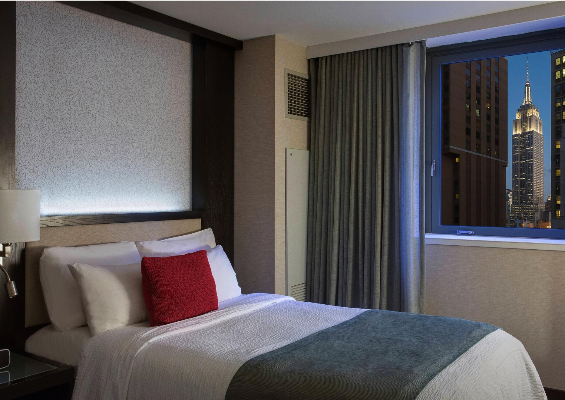 https://www.hotelsbyday.com/_data/default-hotel_image/2/12726/screenshot-2019-06-28-at-15-01-07.png