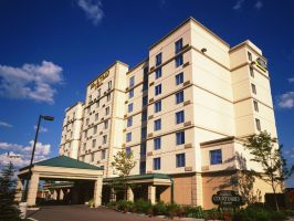 Hotel Courtyard By Marriott Toronto Airport image