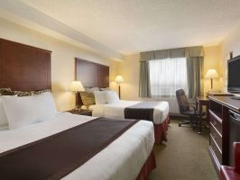 Hotel Travelodge Hotel Vancouver Airport image