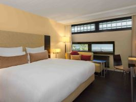 Hotel Four Points By Sheraton Sihlcity Zurich image