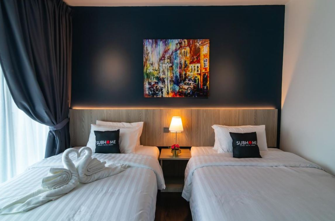 https://www.hotelsbyday.com/_data/default-hotel_image/2/13032/2.jpg