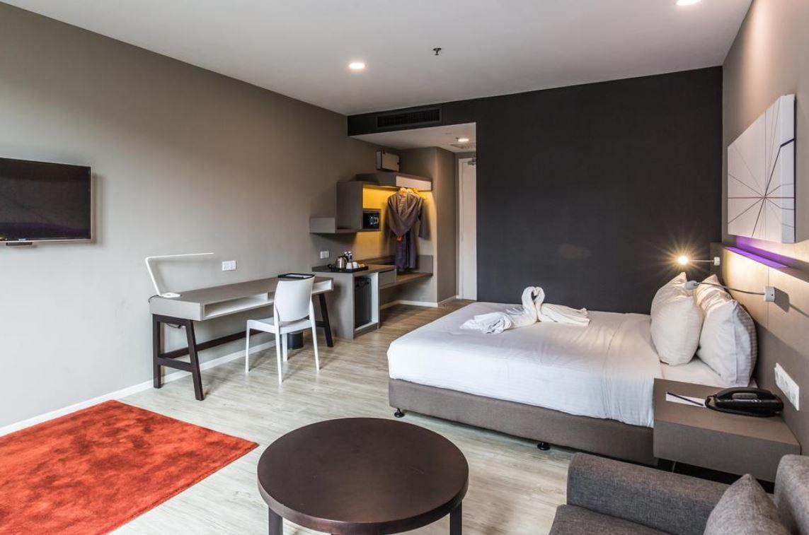 https://www.hotelsbyday.com/_data/default-hotel_image/2/13035/1.jpg