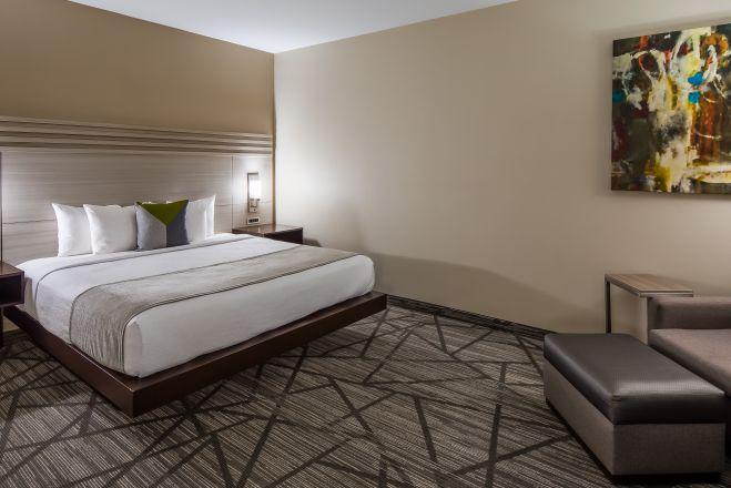 Best Western Plus Inn & Suites Houston
