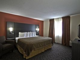 Hotel Chicago Club Inn & Suites image