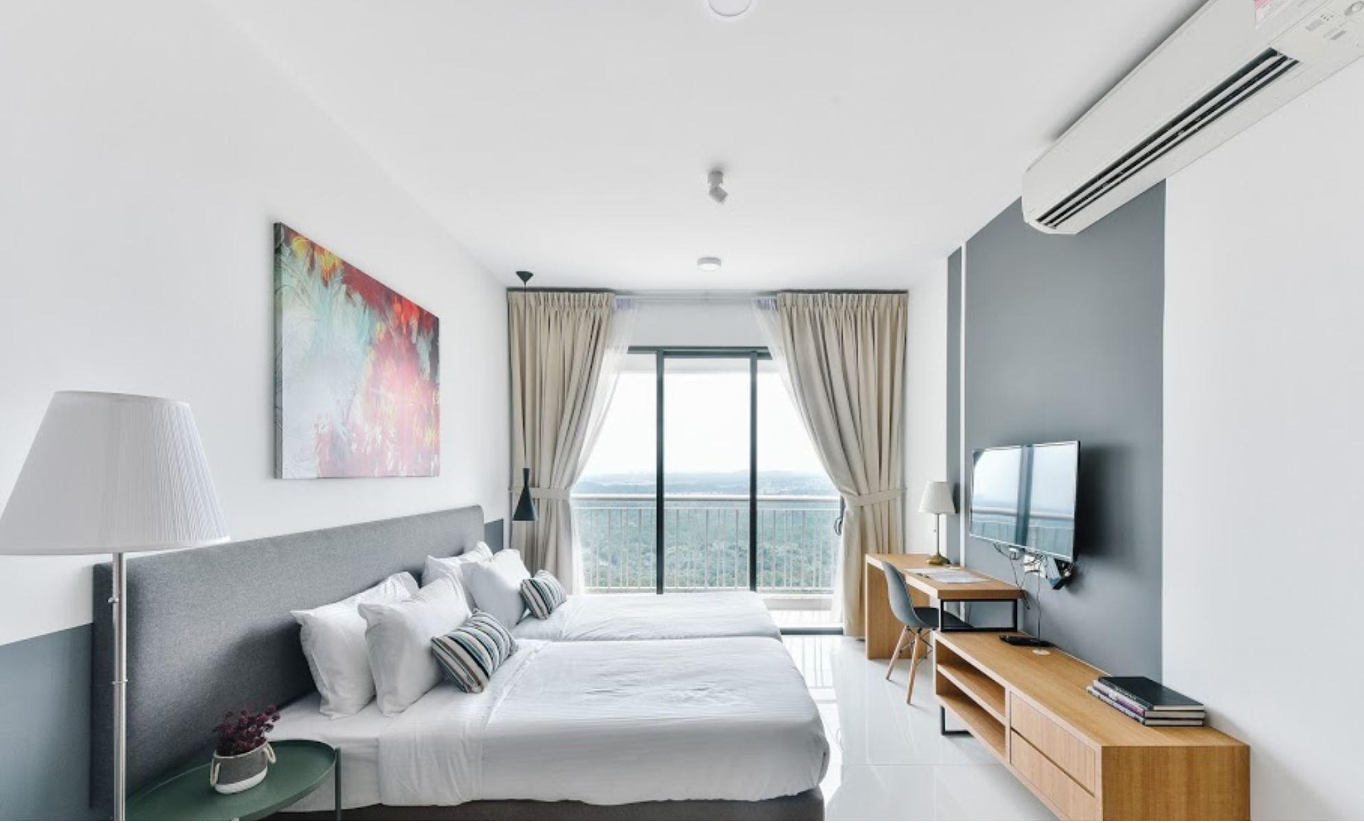 https://www.hotelsbyday.com/_data/default-hotel_image/2/13205/teega1.jpg