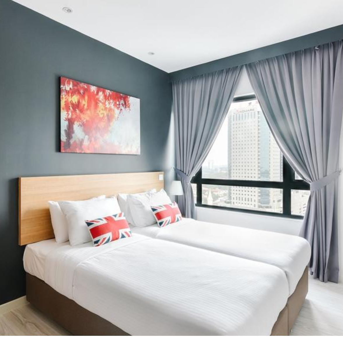 https://www.hotelsbyday.com/_data/default-hotel_image/2/13208/susa2.jpg