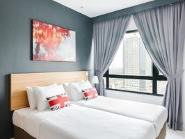 Hotel Suasana Suites By SubHome image