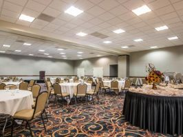 Hotel Ramada by Wyndham San Diego National City image