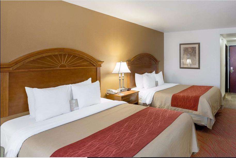 https://www.hotelsbyday.com/_data/default-hotel_image/2/13813/com-inn1.png