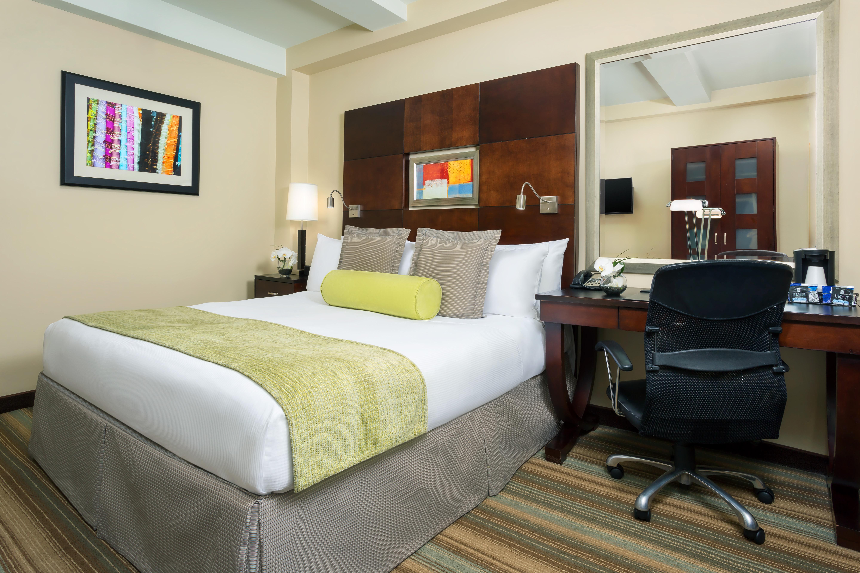 https://www.hotelsbyday.com/_data/default-hotel_image/2/13913/hotel-mela-preferred-king.jpg