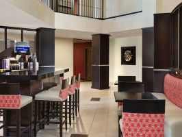 Hotel Holiday Inn Express & Suites Naples Downtown image