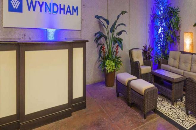 Wyndham Houston West