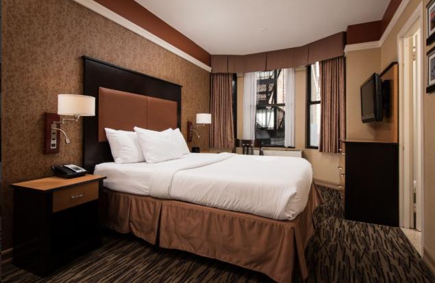 https://www.hotelsbyday.com/_data/default-hotel_image/2/14667/hfa.png