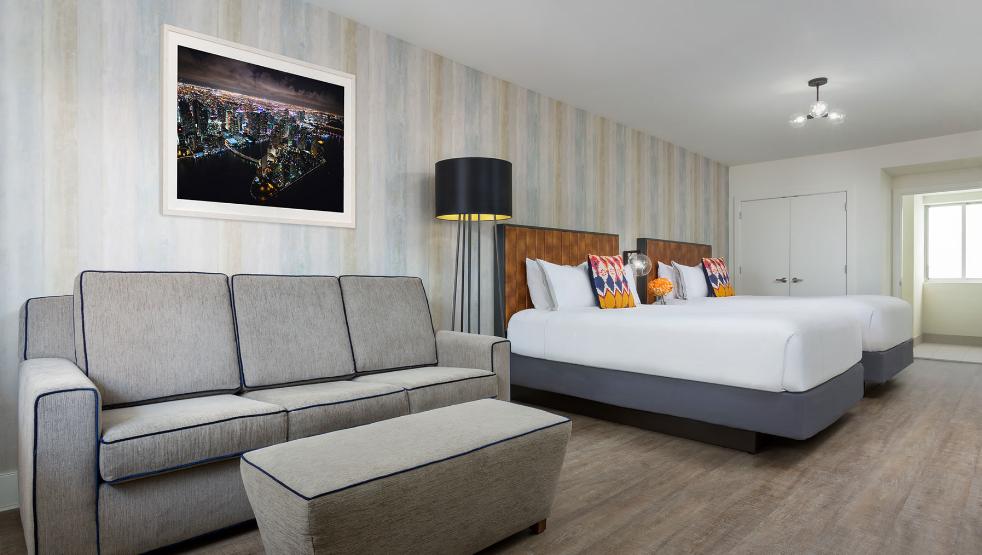https://www.hotelsbyday.com/_data/default-hotel_image/2/14675/wph2.png