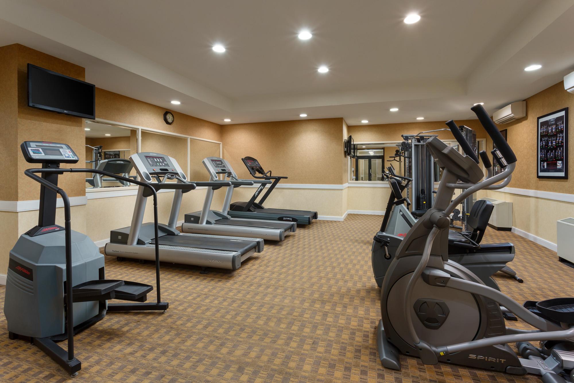 https://www.hotelsbyday.com/_data/default-hotel_image/2/14683/nyma-fitness-center.jpg