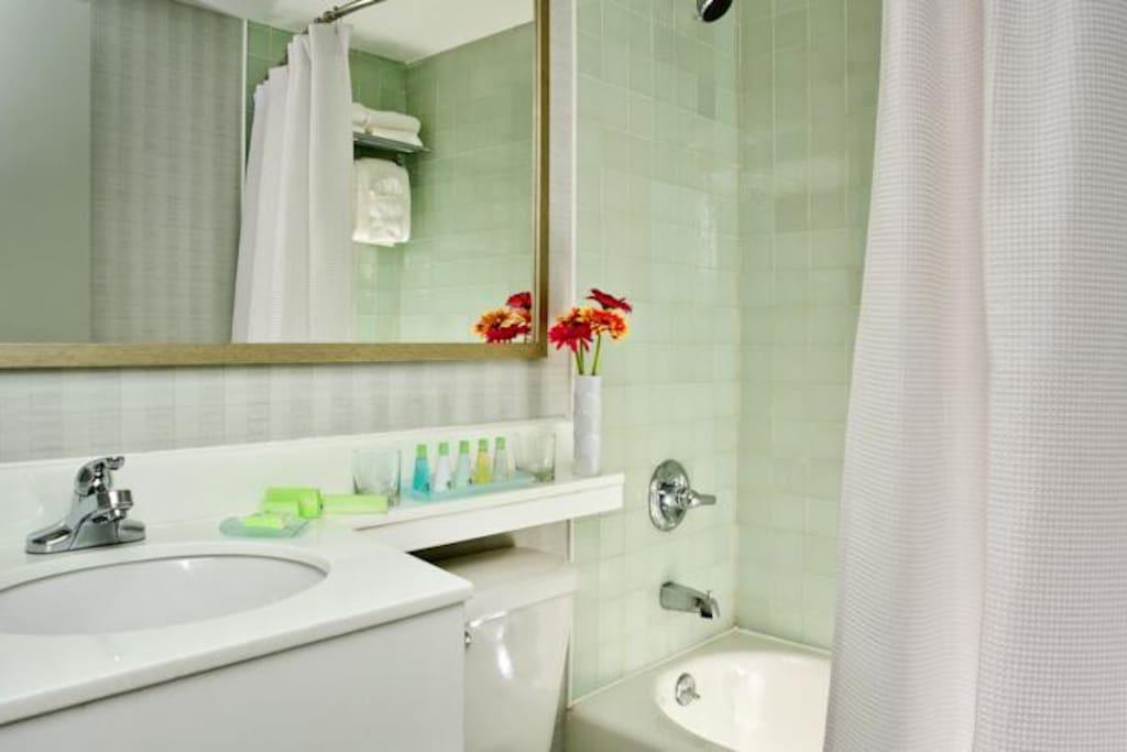 https://www.hotelsbyday.com/_data/default-hotel_image/2/14801/72e66651-fe0a-459c-a1d9-8435de170197.jpg