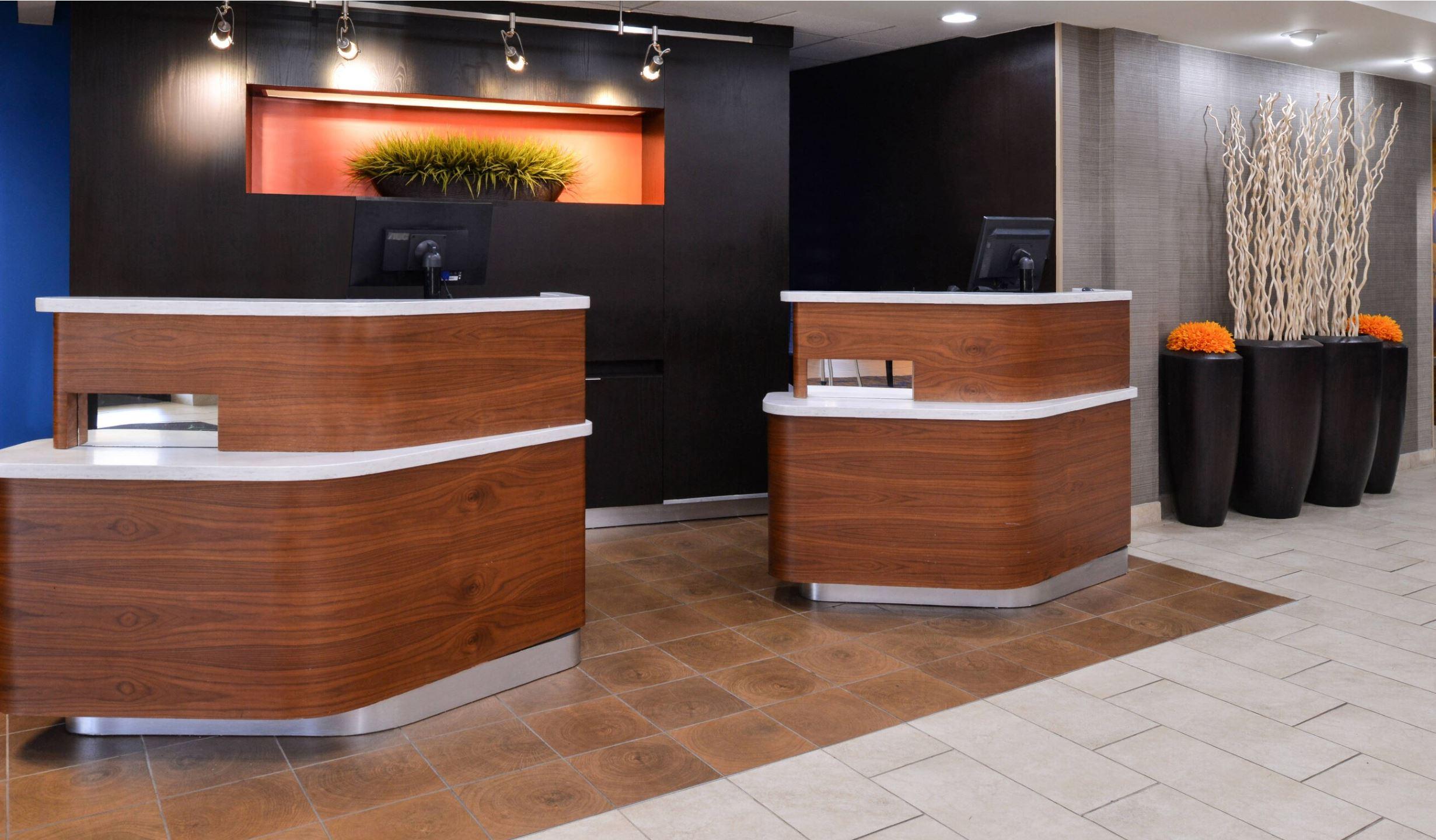 https://www.hotelsbyday.com/_data/default-hotel_image/2/14903/8.jpg
