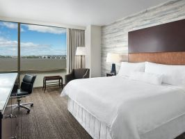 Hotel Westin Washington National Harbor image