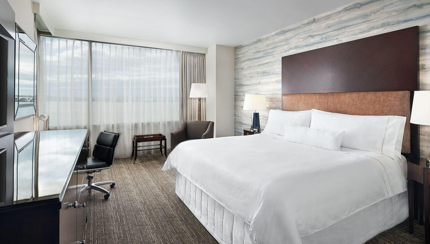 https://www.hotelsbyday.com/_data/default-hotel_image/2/14965/westin1.jpg