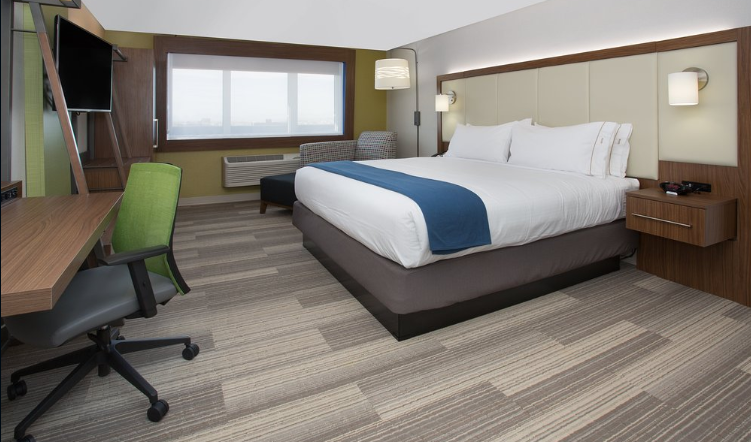 https://www.hotelsbyday.com/_data/default-hotel_image/3/15015/hiecs5.png