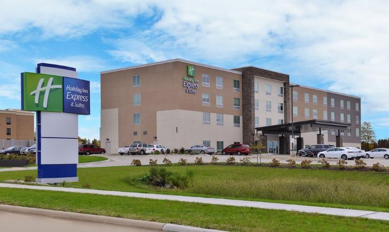 https://www.hotelsbyday.com/_data/default-hotel_image/3/15016/hiec.png